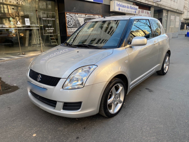 Suzuki SWIFT 1.3L 92CV   3P Essence GRIS Occasion à vendre